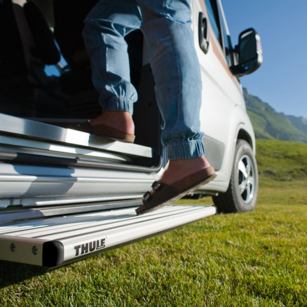 Thule Single Step V15 electric 12 Volt 550 Alu